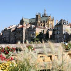 Blick auf Metz und die Kathedrale St. Etienne - Bildtankstelle.de