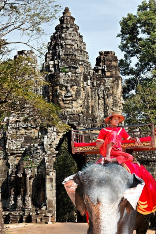 Elefant in Angkor Wat, Südtor - Bildtankstelle.de
