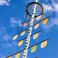 Maibaum in Einöd, Landkreis Homburg, Saarland - Bildtankstelle.de - Bilddatenbank für Foto-Motive aus SAAR-LOR-LUX