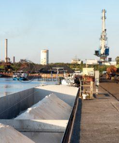 Schiff im Saarhafen Dillingen, Saarland - Bildtankstelle.de - Bilddatenbank für Foto-Motive aus SAAR-LOR-LUX