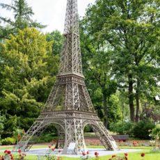 La tour Eiffel  in der Gulliver Welt in Bexbach, Saarland - Bildtankstelle.de - Bilddatenbank für Foto-Motive aus SAAR-LOR-LUX