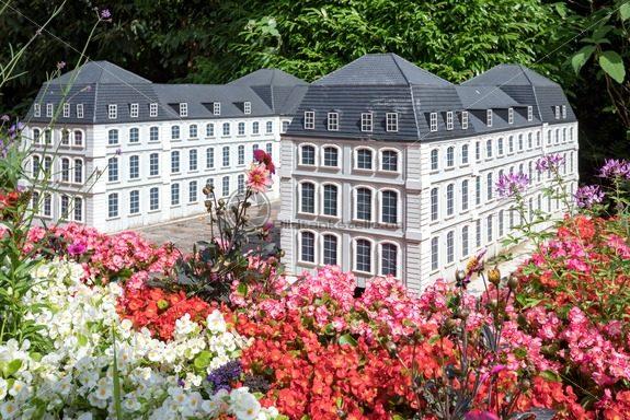 Saarbrücker Schloss in der Gulliver Welt in Bexbach, Saarland - Bildtankstelle.de - Bilddatenbank für Foto-Motive aus SAAR-LOR-LUX