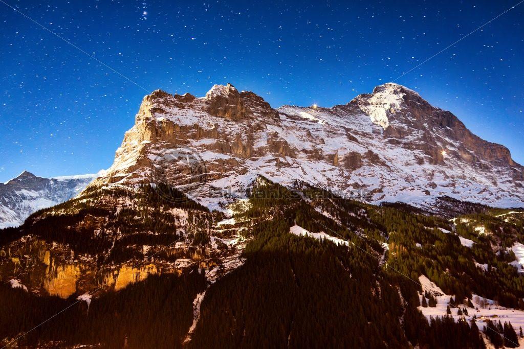imposante Bergwelt in den Schweizer Alpen - Bildtankstelle.de