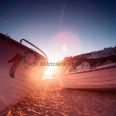 Boote im Sonnenuntergang - Bildtankstelle.de