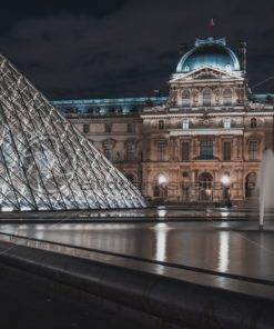 Louvre bei Nacht - Bildtankstelle.de