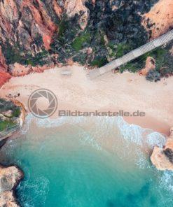 Einsamer Strand - Bildtankstelle.de