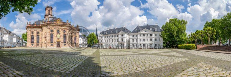 Panorama der Ludwigskirche in Saarbrücken - Bildtankstelle.de