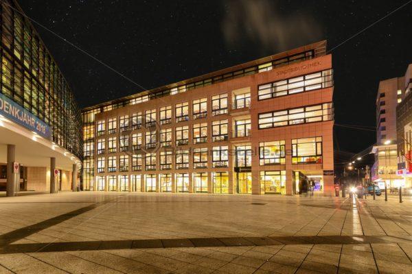 Stadtbibliothek in Saarbrücken, Saarland - Bildtankstelle.de