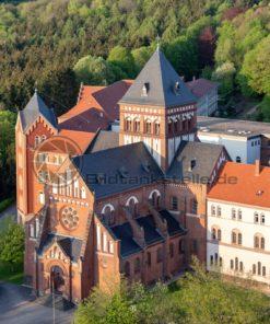 Luftaufnahme vom Missionshaus bei St. Wendel im Abendlicht - Bildtankstelle.de